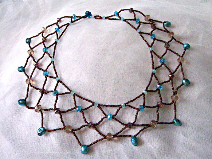 Beaded Lace Necklace Tutorial