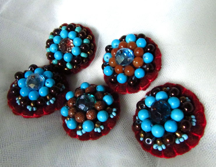 Beaded Felt Pins Tutorial