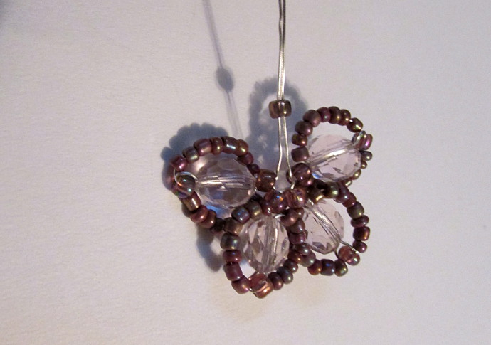 Bead And Wire Cherry Blossom Necklace Instructions
